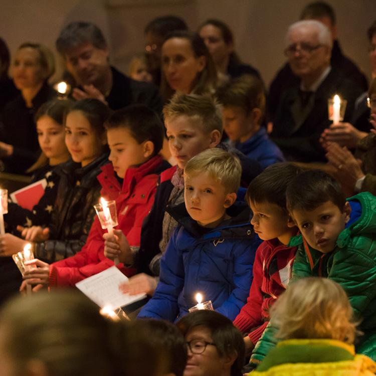 Familien-Weihnachtsgottesdienst um 16h mit Kinder-Musical