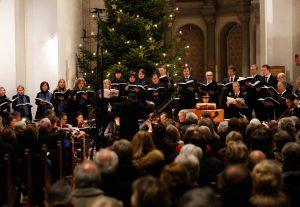 Festliches Weihnachtkonzert der Chöre um 17h